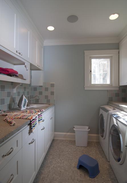 Parkinson Avenue West craftsman-laundry-room