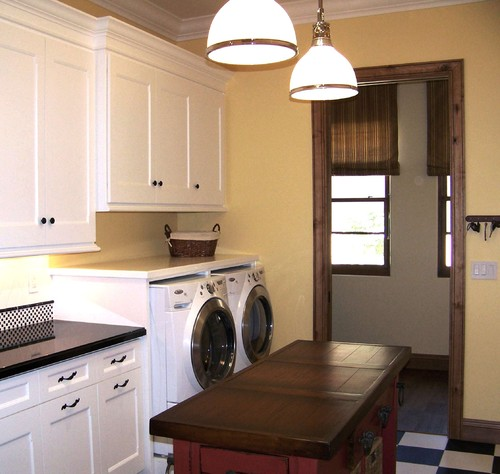 What are the pros and cons of a 2nd floor laundry room? - Houzz