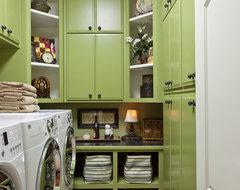 RaeLynn Callaway traditional-laundry-room
