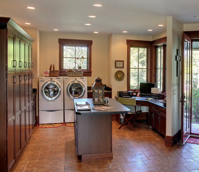 Ranch 1 - Farmhouse - Laundry Room - Chicago - by HELMAN SECHRIST Architecture