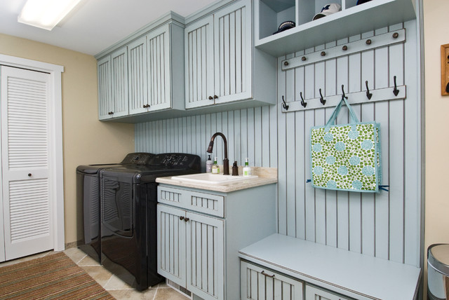Red White And Blue Traditional Laundry Room Other