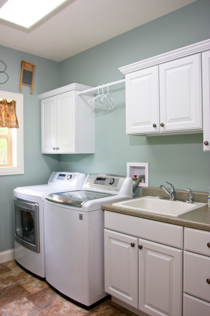 Richwood Hills Ranch - Traditional - Laundry Room - other metro - by Preferred Builders of ...