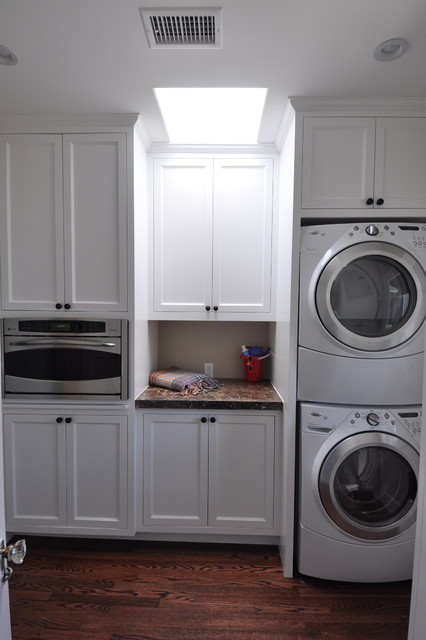 Roberta Murray Designs Traditional Laundry Room Los Angeles By Robert