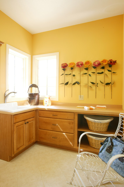 Sagamore traditional-laundry-room