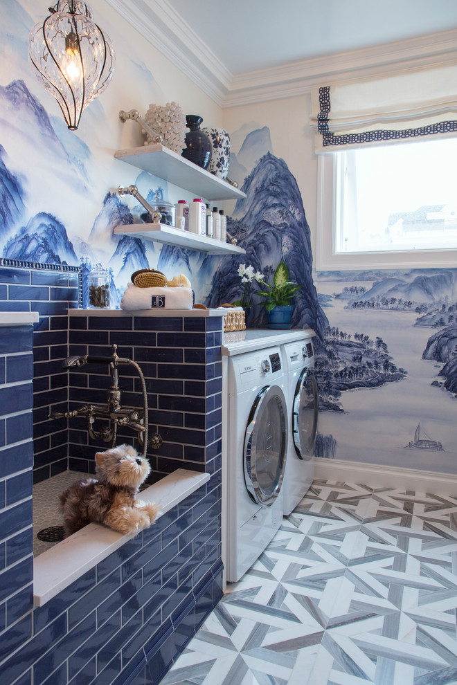 Example of a laundry room design in San Francisco