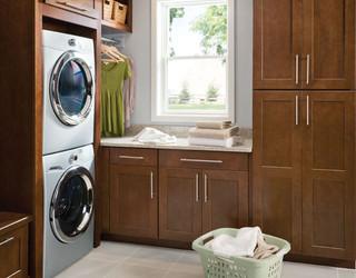 Shenandoah cabinetry craftsman laundry room seattle for Bedroom furniture 98383