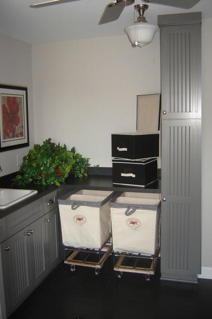 Shimon Luandry traditional-laundry-room