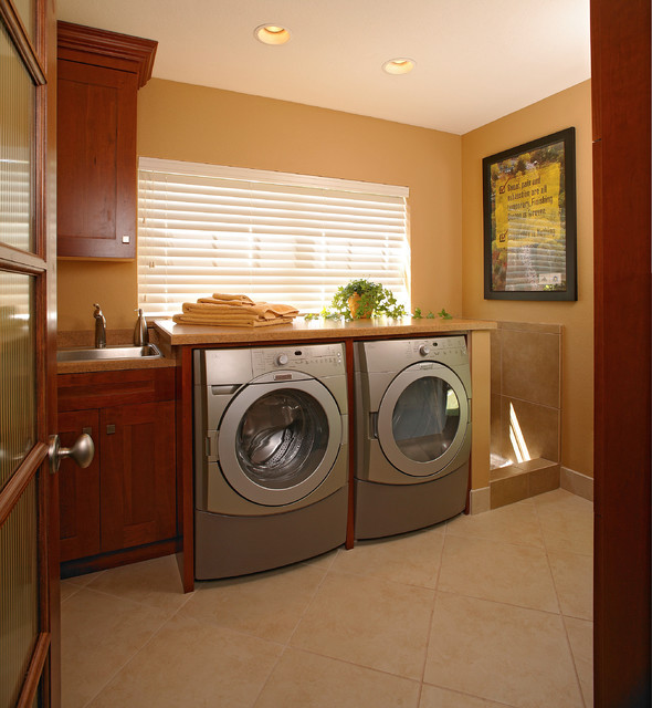 Small Scale Luxury Renovation Traditional Laundry Room