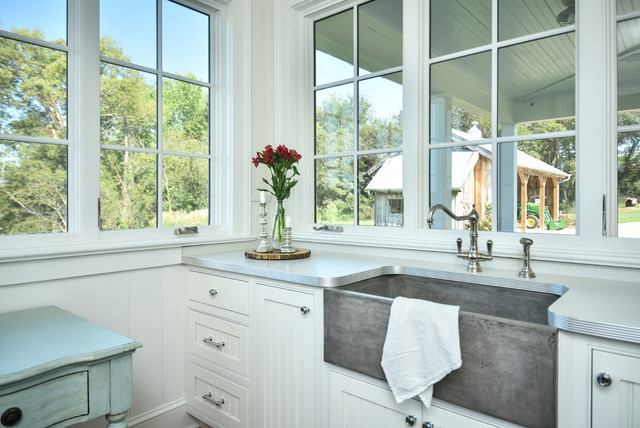 Farmhouse Style Laundry Room Brings The Outside In