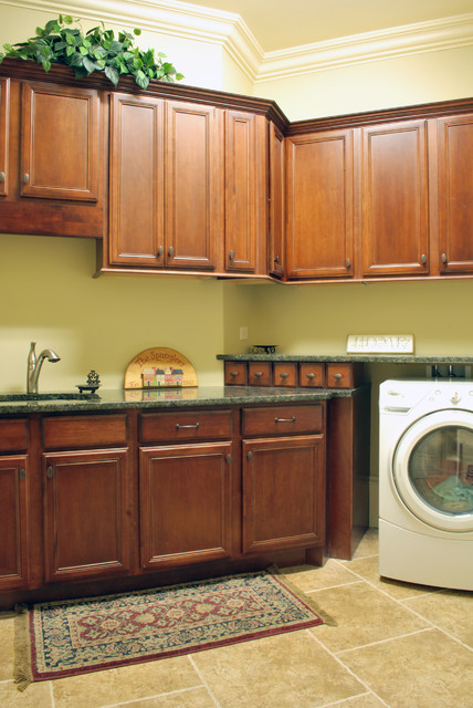 Spangler residence traditional-laundry-room