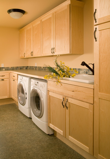 St. Andrews Circle traditional-laundry-room