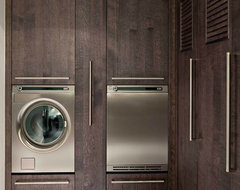 Style: Modern modern-laundry-room