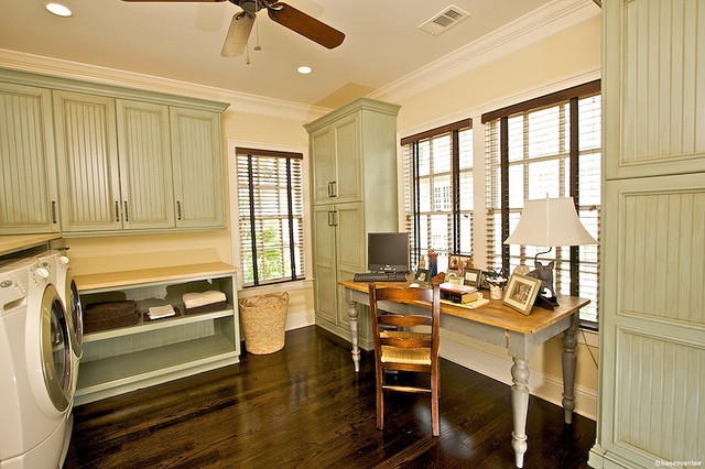 Laundry Rooms traditional-laundry-room
