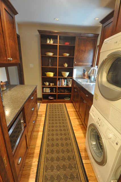 Butlers Pantry traditional laundry room