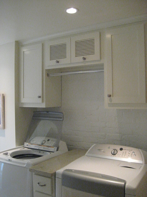 Laundry Room Traditional Laundry Room