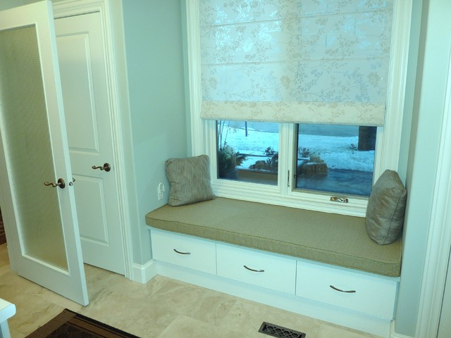 Traditional Laundry Room traditional-laundry-room