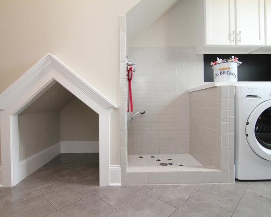 Transitional Dog Wash Area Home Design, Photos & Decor Ideas