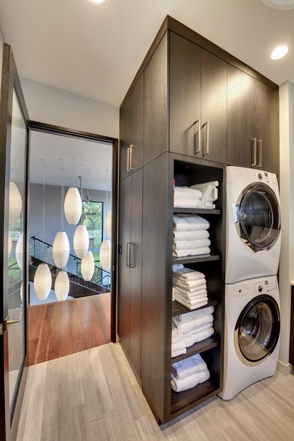 Upper level laundry room contemporary-laundry-room