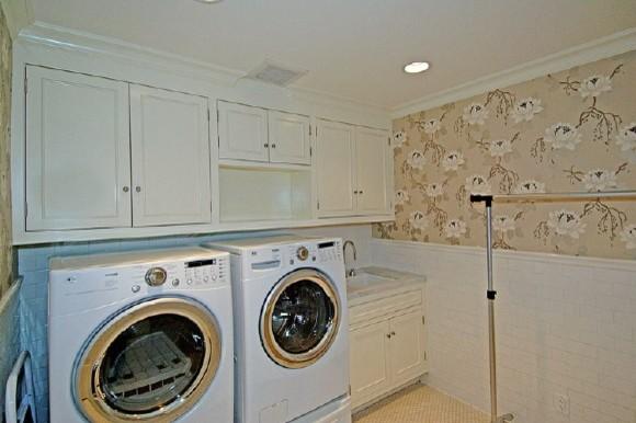 Http Www Houzz Com Photos 191752 Wallpaper Laundry Room Modern Laundry Room New York