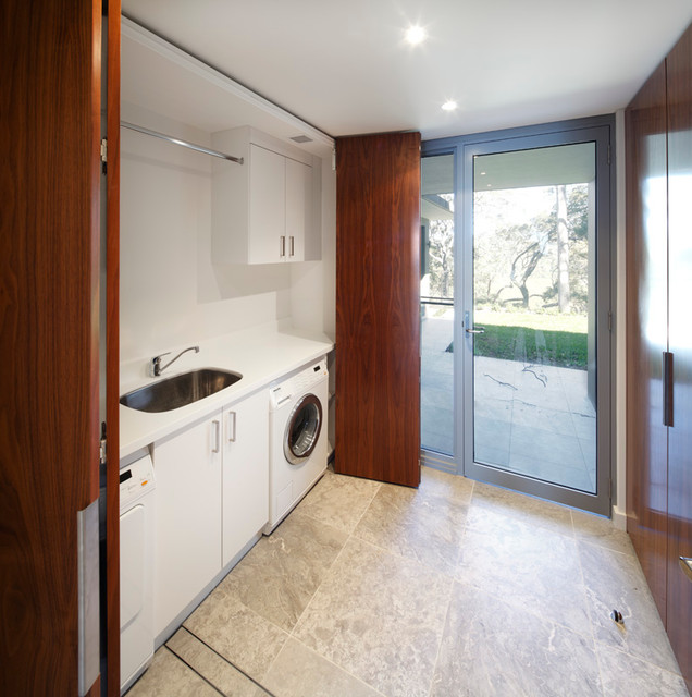 C Kitchens Ltd: Whale Beach Kitchen