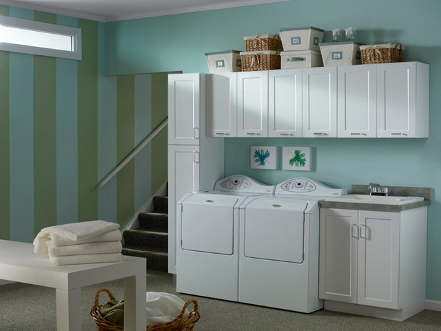 Beau White Cabinets | Rockford Door Style | CliqStudios Contemporary Laundry Room