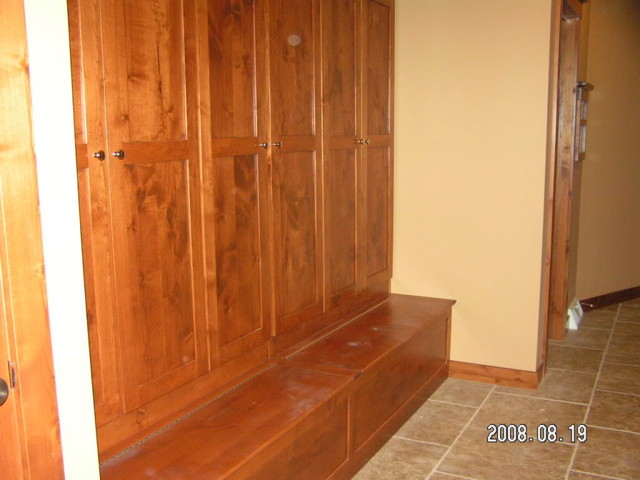 Wood lockers with doors for Wood lockers with doors