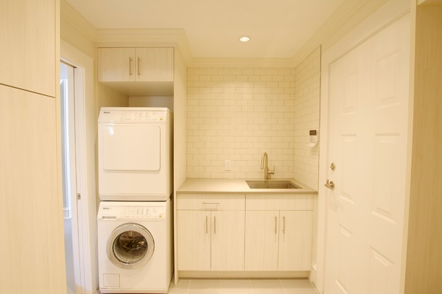 Yeovil place contemporary laundry room vancouver for Bathroom design yeovil