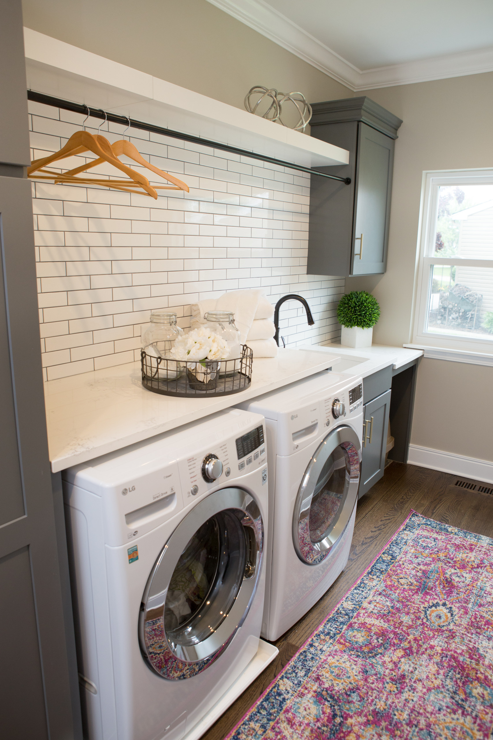 75 Beautiful Laundry Room With Gray Cabinets Pictures Ideas December 2020 Houzz