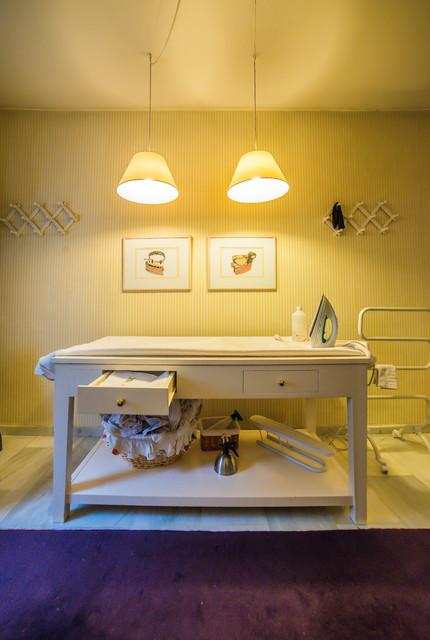 Mobiliario auxiliar y librerias for Mobiliario lavadero