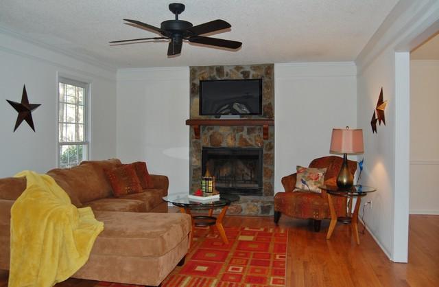 136 Plantation Trace Woodstock Ga Traditional Living Room Atlanta By Expert Atlanta