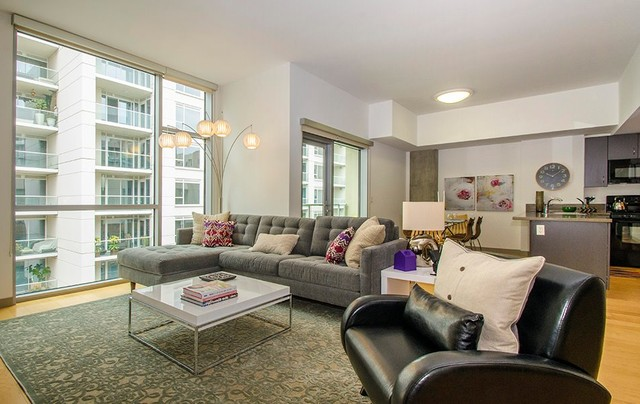 1600 Vine Apartments Penthouse Staged By Apt2b