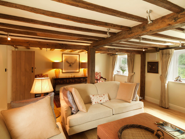 17th Century Thatched Cottage Country Living Room
