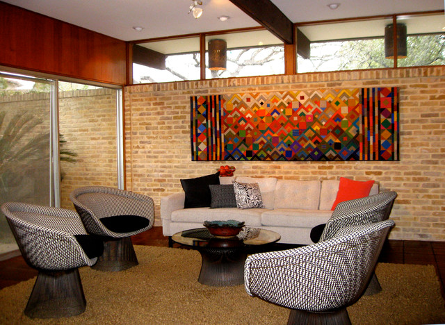 1960 39 s architect 39 s home refurbished with color textiles