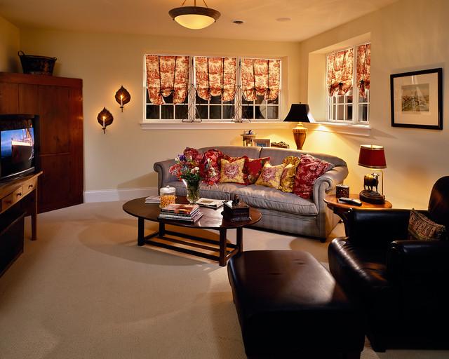 2000 Showcase traditional-living-room