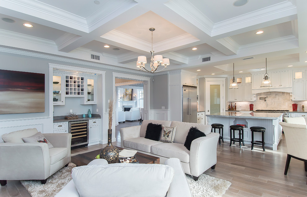 Inspiration for a timeless living room remodel in Los Angeles with a bar and gray walls