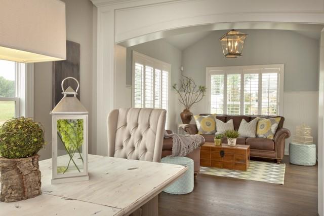 3 pillar homes parade house contemporary living room for Pillar designs for living room