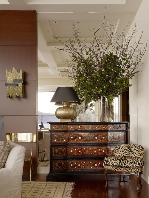 By And Large, The Furnishings Are Very Small, But They Are Usually  Accompanied By One Big Statement Piece. Good Looking