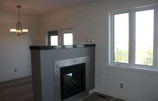 510 Lynx Terrace living-room