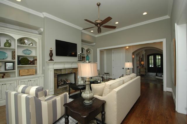 815 Hammock Lane traditional-living-room
