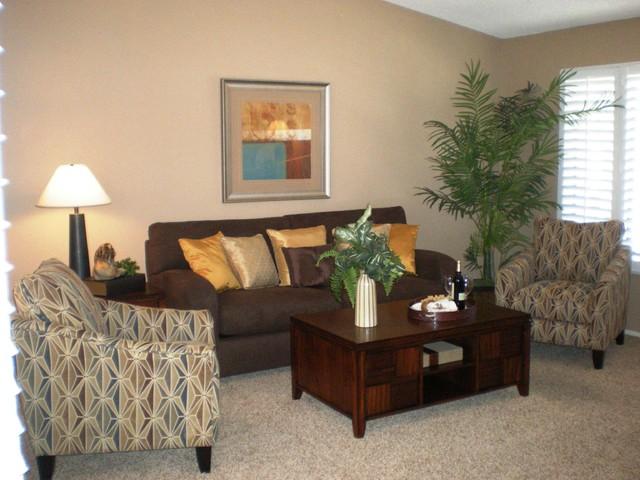 8686 Merced Circle 1010B Huntington Beach transitional-living-room
