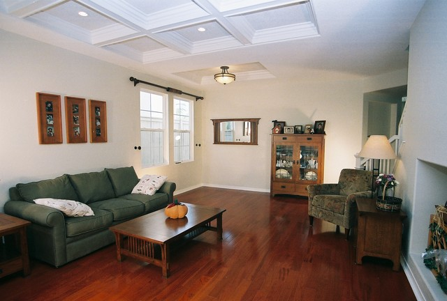 9 foot ceiling line with coffers at 9 39 6 traditional for Living room with 9 foot ceilings