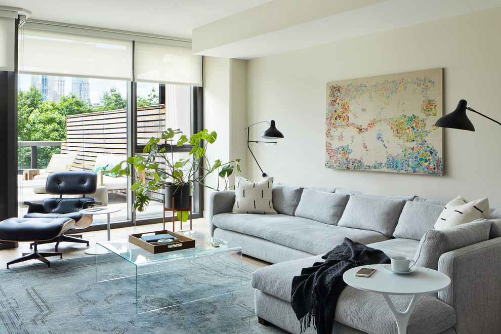 Example of a danish living room design in New York