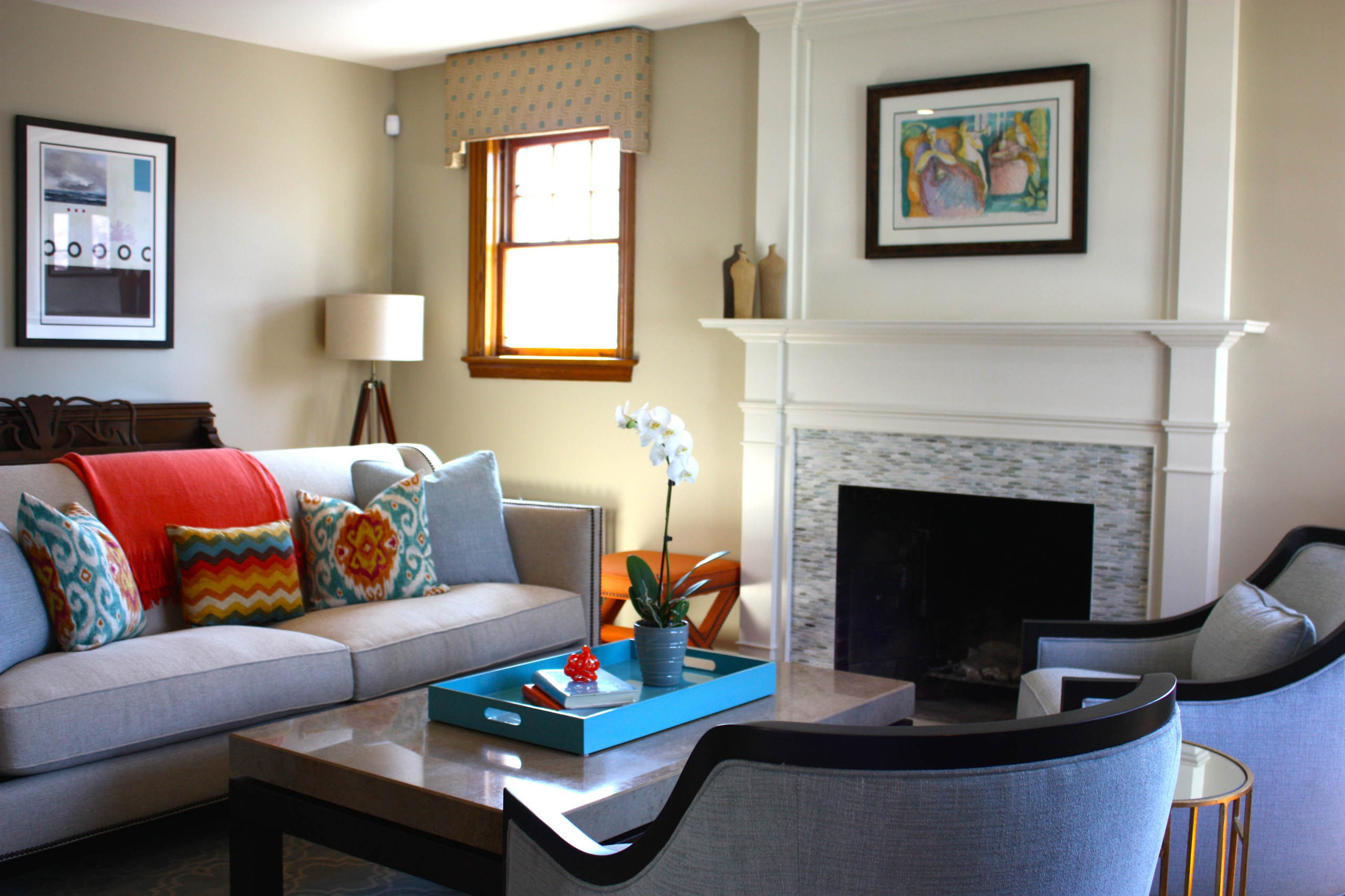 A Contemporary Twist on a Dated Living Room