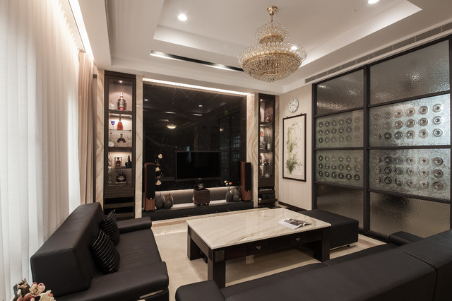 A Design With Multiple Personalities Zen And Religions Transitional Living Room