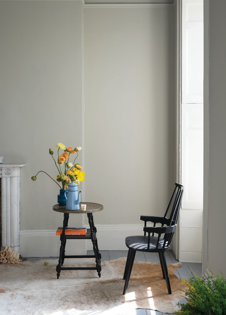 A living room painted in Drop Cloth No.283 by Farrow & Ball ...