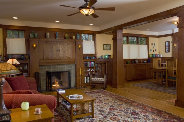 A New Crafsman Bungalow traditional-living-room