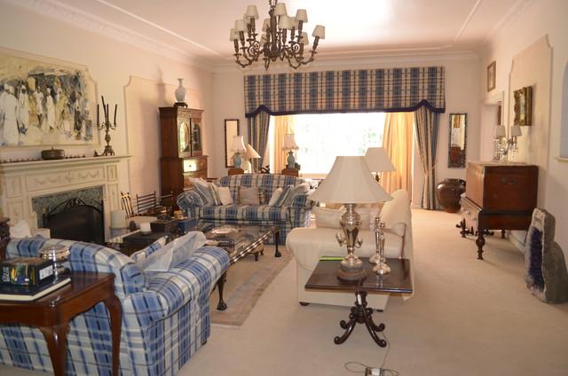 addington tropical-living-room