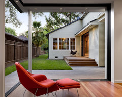 Addition and Remodel of Historic House in Palo Alto contemporary living room