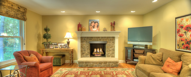 Addition traditional-living-room