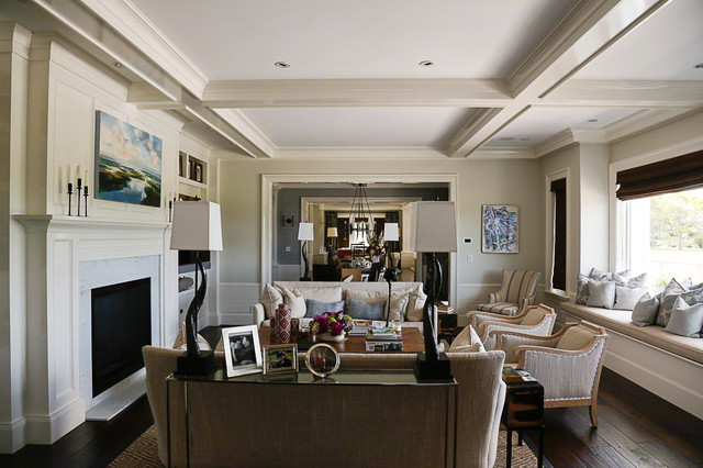 Adelfia Painting traditional-living-room